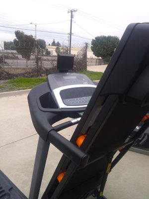 Treadmill Nordictrack new mod 6.0 for Sale in La Puente, CA