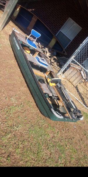 14ft colman flat bottom boat for Sale in Clarksville, TN