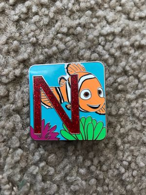 Disney Nemo Chase Pin LE 400 for Sale in Santa Ana, CA