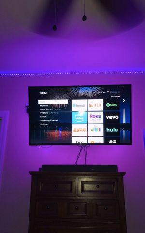 "TCL 49"" Roku Tv w/ LED backlight for Sale in Summerville, SC"