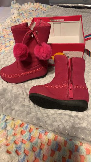 Size 4 toddler girls boots for Sale in Villa Rica, GA