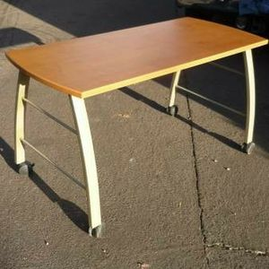 Bush Furniture Mobile Desk Work Station for Sale in Peoria, AZ