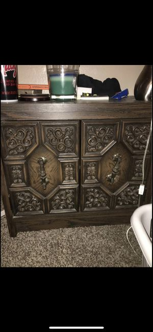 Wood dresser for Sale in Amarillo, TX