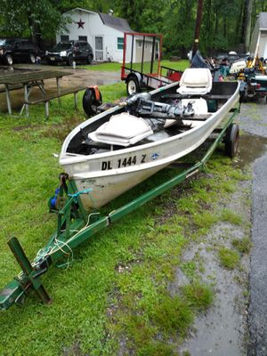 13' Aluminum fishing boat for Sale in Elkton, MD