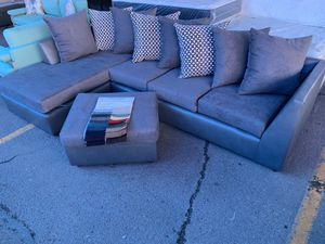 Sectional With Ottoman Brand New! for Sale in Phoenix, AZ