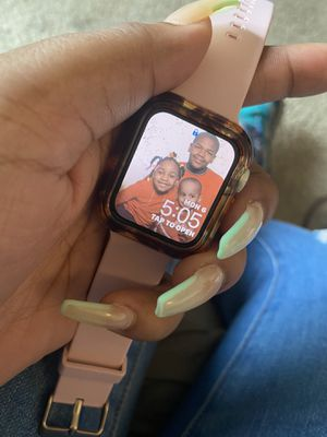 apple watch series 5 for Sale in Prince George, VA