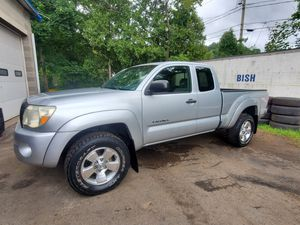 06 TOYOTA TACOMA 2WD for Sale in Meriden, CT