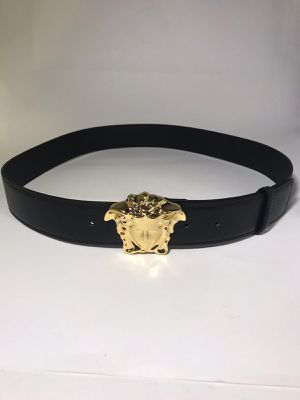 Versace Leather Medusa Belt **Authentic for Sale in Queens, NY