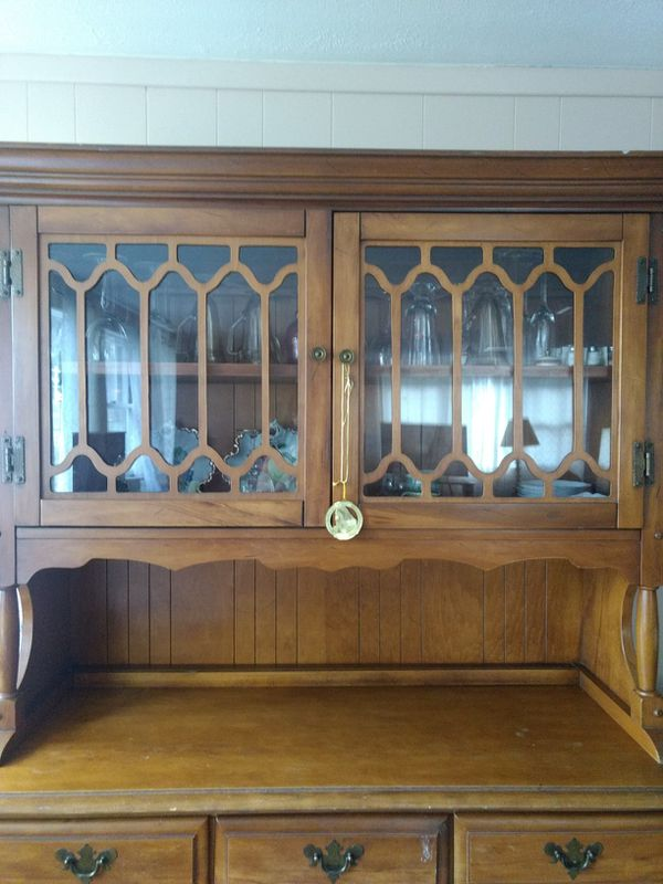 China Cabinet Solid wood