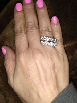 Beauttifull Wedding Ring Size 10 Big On Me I'm 9 Silver Plated Zirconias for Sale in Miami,  FL