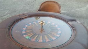 Pulaski Roulette Table With Chairs for Sale for sale  Lilburn, GA