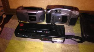 Lot of 3 cameras one is Kodak two of them are vivitar for Sale in Louisville, KY