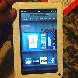 Amazon Kindle Fire 8gb for Sale in District Heights, MD