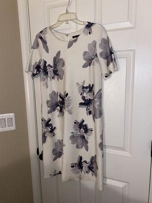 Tommy Hilfiger dress, size 8. tried many times never worn. for Sale in South Riding, VA