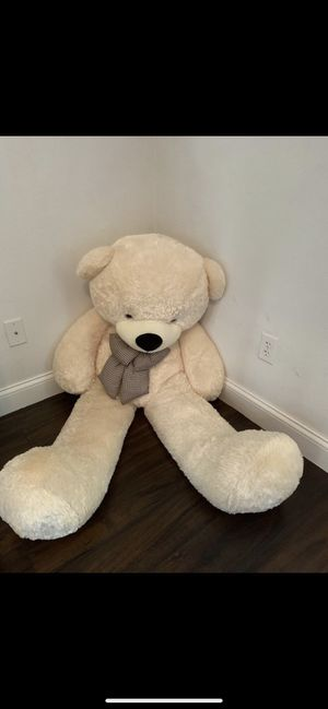 6 Foot Teddy Bear for Sale in Winter Garden, FL