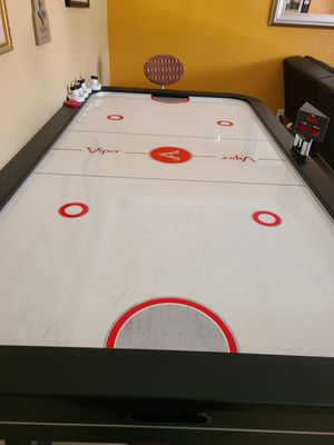 Air hockey table viper vancouver for Sale in LAUD LAKES, FL