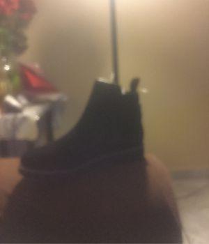 Black blondo waterproof suede boots for Sale in La Puente, CA