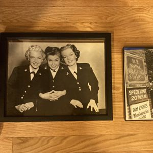 Old Framed Pictures for Sale in Glastonbury, CT