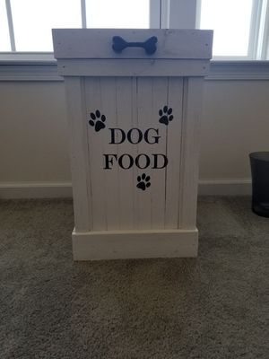 Dog Food Storage Container for Sale in Brunswick, OH