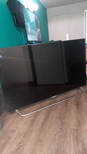 Lg 55 inch 4k smart tv!! 12 inch Kenwood excelon. And xbox 360 without av cables. for Sale in Phoenix, AZ