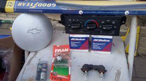 2001 Chevy Malibu parts for Sale in Chicago, IL