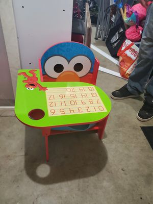 Kids elmo table for Sale in Sandy, OR