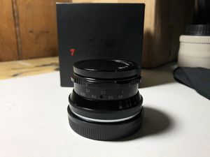 7artisans lens 35 mm f1.2 Sony e mount for Sale in Chicago, IL
