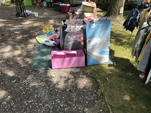 Kids toys baby bath small play yard for Sale in Lacey Township, NJ