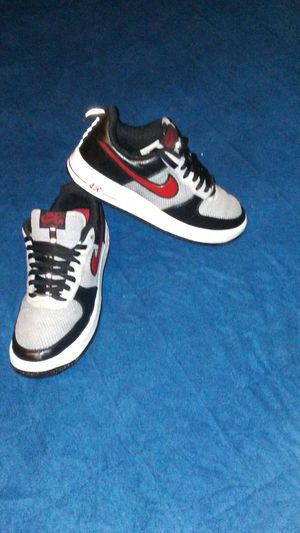 Shoes Nike air force 1 size 9.5 for men chequen mis ofertas👖🎽👟👞👖👠 for Sale in Los Angeles, CA
