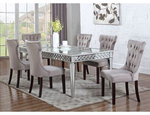 Brand New Sophie Mirrored Dining Table /retails $1200 for Sale in Santa Clara, CA