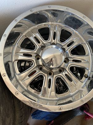 2500hd rims for Sale in Madera, CA