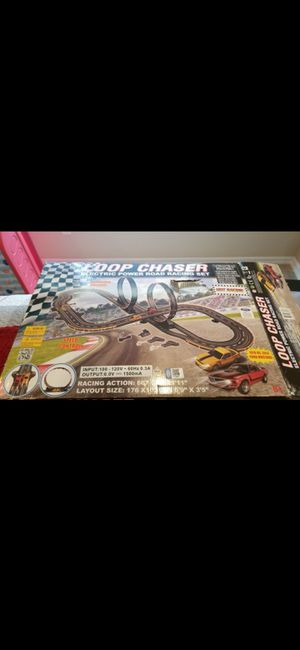 BRAND NEW ELECTRIC LOOP CHASER (POWER) DAMAGED BOX! SET NEVER USED!!! for Sale in Delray Beach, FL