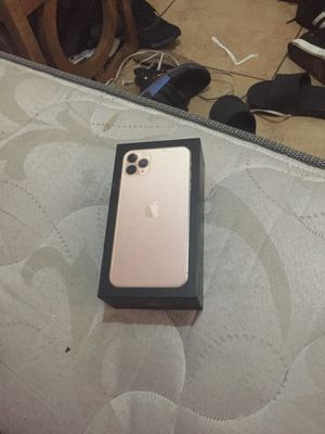 iPhone 11 plus box for Sale in Phoenix, AZ