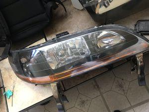 1998+ accord headlight for Sale in Brooklyn, NY