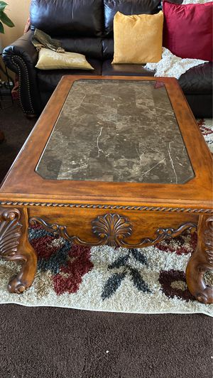 Large coffee table for Sale in Pumpkin Center, CA