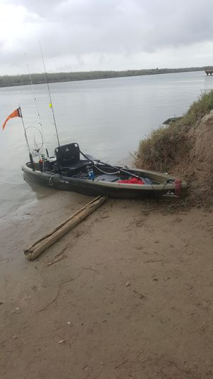 Ascend 12 foot fishing kayak for Sale in Laredo, TX