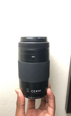 Sony 75-300mm f/4.5-5.6 Compact Super Telephoto Zoom Lens for Sony Alpha Digital SLR Camera for Sale in Decatur, GA