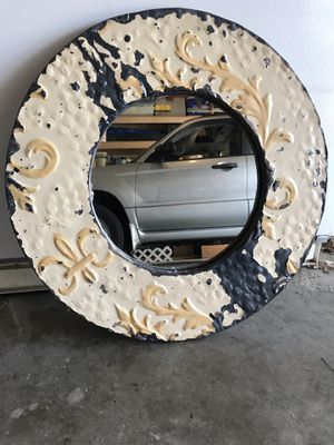 Faux antique circular mirror for Sale in Nicholasville, KY
