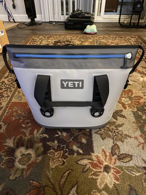 Yeti Hopper Soft Cooler for Sale in Campbell, CA