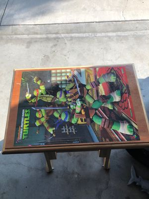 Kids desk for Sale in Paramount, CA
