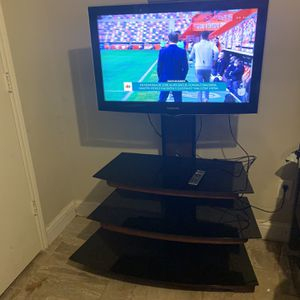 "Tv. W.furniture $135. Measure . Tv 37"". for Sale in Mansfield, TX"