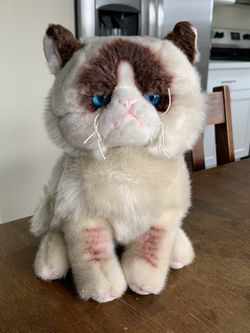 Grumpy Cat Plush for Sale in Spanaway,  WA