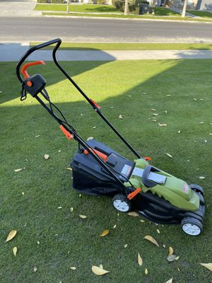 14-Inch 12Amp Lawn Mower w/Folding Handle Electric Push Lawn Corded Mower Green used for Sale in Bakersfield, CA
