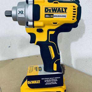 Dewalt XR Impact Wrench 1/2 for Sale in San Antonio, TX