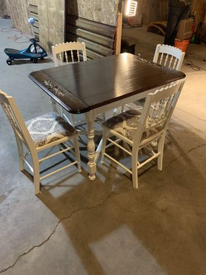Antique dinning room table for Sale in Alexandria, VA