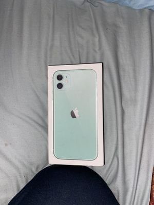 iPhone 11 for Sale in Buda, TX
