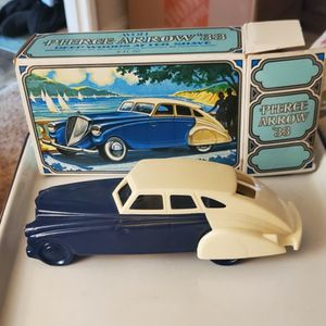 Vintage Avon Colone Bottle Car for Sale in Selma, CA