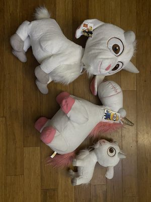 Despicable Me plush stuffed animal goat and unicorn for Sale in Garden Grove, CA