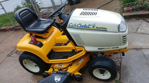 "Cub Cadet lawn tractor riding mower 44"" for Sale in St. Louis, MO"