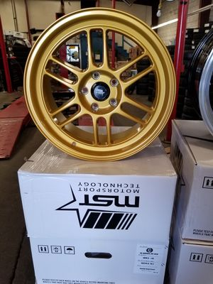 18x8.5 5x114.3 35 offset candy gold pearl for Sale in Sacramento, CA